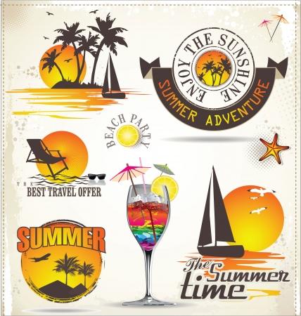 fiesta en la playa: Las vacaciones de verano y las etiquetas de viaje Vectores