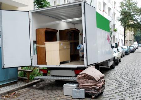 trasloco: van trasloco di mobili e strumenti Archivio Fotografico