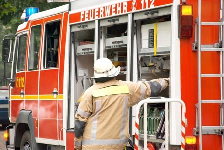 Tedesco combattente fuoco con un incendio del motore  Archivio Fotografico - 7144961