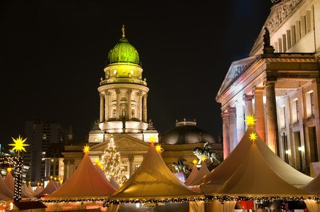 berlin gendarmenarkt christmas market at night Stock Photo - 7235370