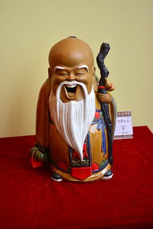 longevity: Foshan Ceramic Xin Tong Yu longevity Editorial