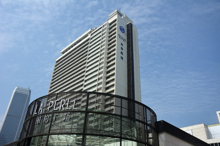 perle: Guangzhou La Perle mall