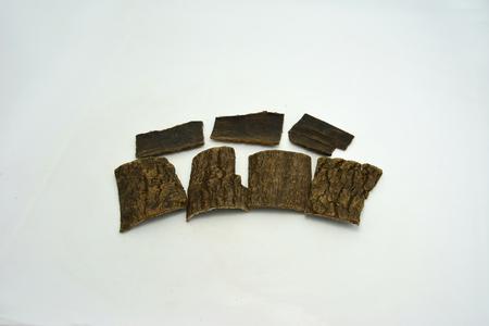 bakelite: Bakelite in eucommia ulmoides herbs
