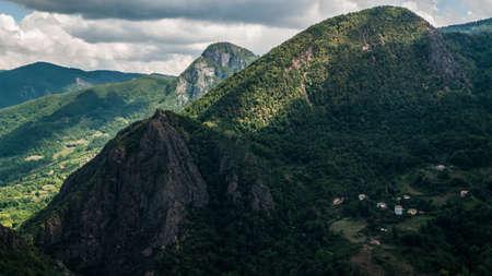 koy: MOUNTAIN
