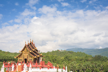 phon: Landscape of pagoda with mountain background, Chiang Mai, Thailand