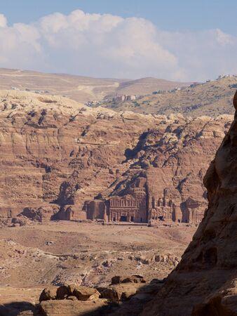 plan éloigné: Ancient Tomb,Petra,Jordan,Long shot,Overlook