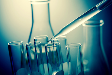 boiling tube: Dropping liquid to test tubes