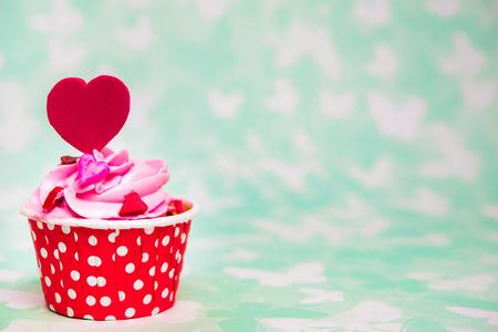 colores pastel: magdalena del amor colorido para el d�a de San Valent�n Foto de archivo