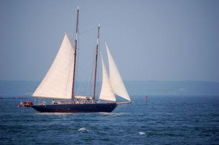 schooner: schooner