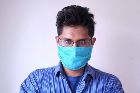 young man in face mask virus for preventing virus. 스톡 콘텐츠