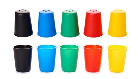 게임 또는 흰색 배경에 고립 된 음료에 대 한 색 양동이.