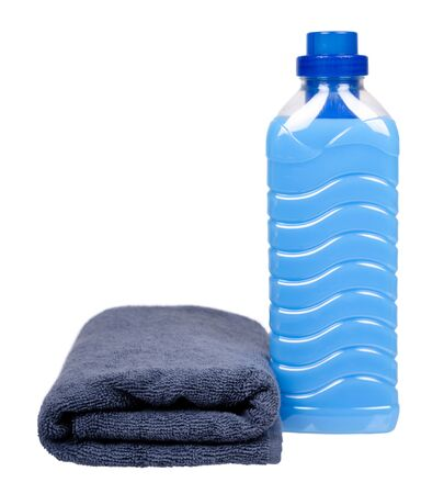 Blue laundry softener in plastic bottle and fabric, towel. Isolated on white backgorund. Standard-Bild