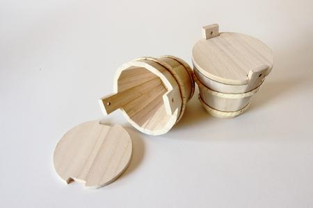 vibrant cottage: Little wooden box