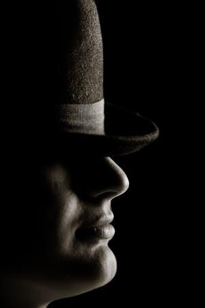 snobby: L'uomo con il cappello.