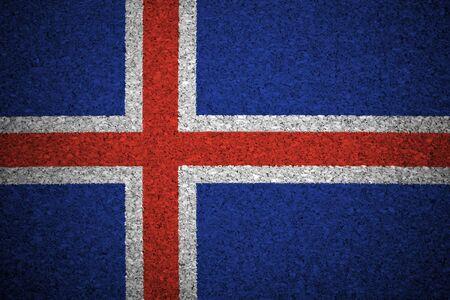 icelandic flag: La bandera de Islandia pintado en un tablero de corcho.