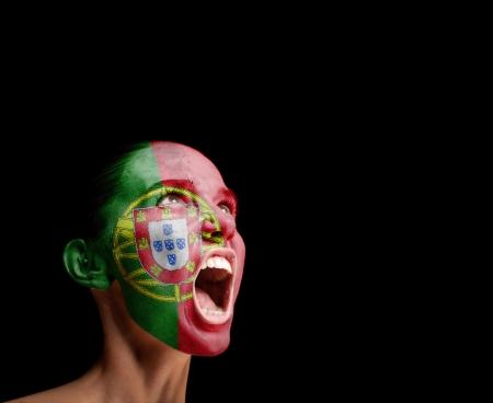 bandera de portugal: La bandera portuguesa en la cara de un concepto de mujer gritando