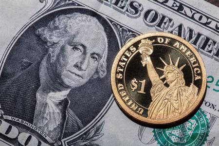Ein Dollar Münze Die Freiheitsstatue Auf Einem Dollar Banknote