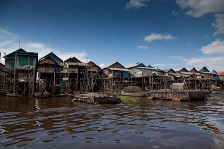 sap: Houses on stilts in Cambodia, Tonle Sap, Kampong Phluk