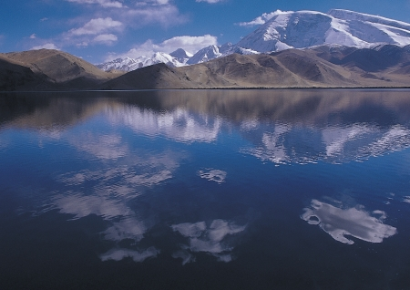 Beatutiful scenic in Tibet photo
