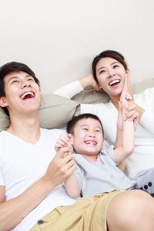 Happy Family Standard-Bild