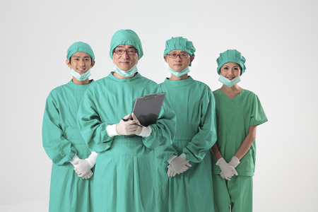 surgical gown: Doctors & Nurses