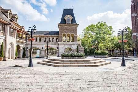 street lamp: Square and  Modern Villa