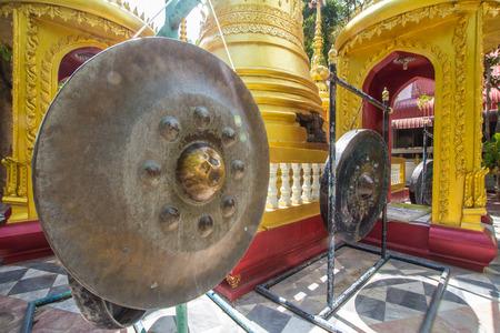 wiedererkennen: Im Tempel gong der Schl�ssel f�r eine gute Medien gong, um den Buddha zu erkennen. Lizenzfreie Bilder