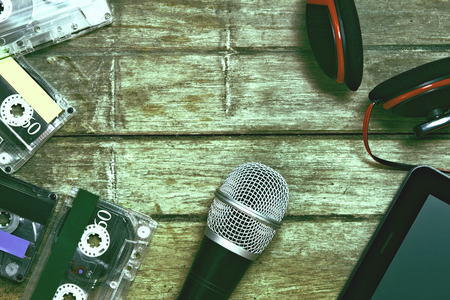 Microfoon opnameapparatuur. Vintage-stijl.
