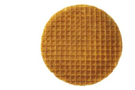 waffles: Waffle holandés llamado stroopwafel sobre un fondo blanco