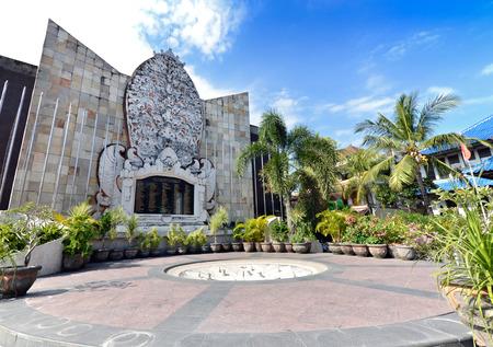 バリ島爆撃の記念碑、クタ, インドネシア 写真素材 - 26976876
