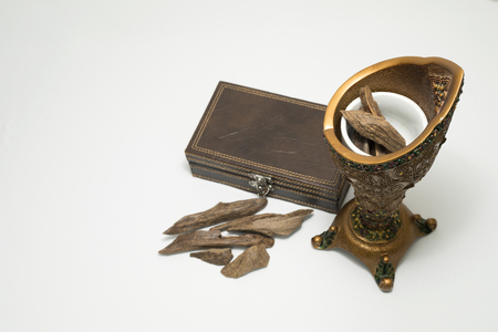 Censer, Agar wood : Oud, incense Chips with a leather box
