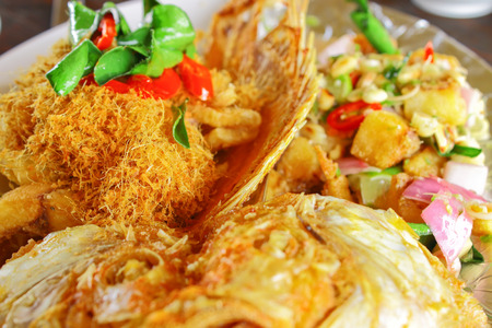 deep fry:  Tub Tim  fish deep fry and Thai herb