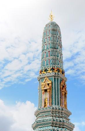pinnacle: Pinnacle dorata del pagada nel Gran Palazzo, Bangkok Thailand  Archivio Fotografico