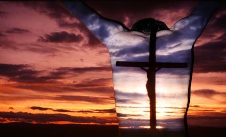 arrepentimiento: ora hombre, sombra de la cruz, las creencias  Foto de archivo