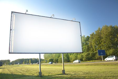 Billboard reklama na tle nieba Zdjęcie Seryjne