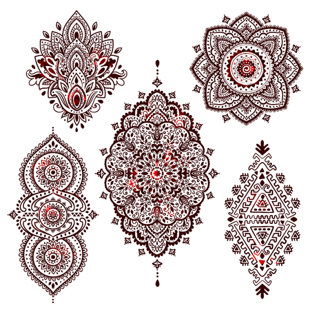 Set of Beautiful Indian ethnic ornaments. Folk Henna tattoo style. Vettoriali