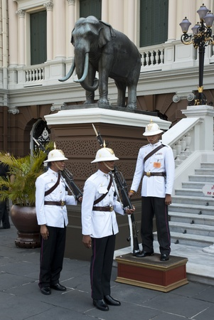 Bangkok, Thailand - Feb 20, 2006: Royal Guards of Thai King changing over in front of the Grand Palace. Stock Photo - 13161196