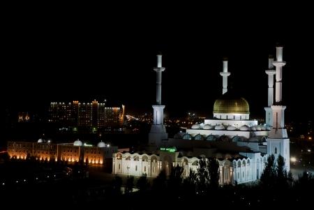 Nur Astana-Moschee in der Stadt Astana befindet, der Hauptstadt von Kasachstan ist die gr��te Moschee von Kasachstan und die gr��te Moschee in Zentralasien