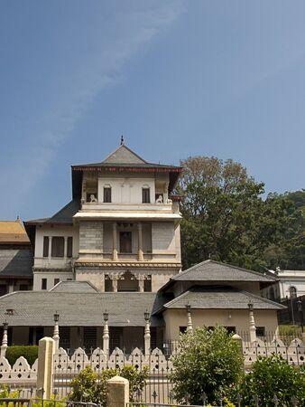 New Palace im Sacred Tooth Relic Temple Sri Dalada Maligawa in Kandy, Sri Lanka Dieser Tempel ist ein UNESCO-Weltkulturerbe