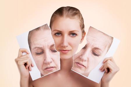 Voor en na portret van blanke vrouw gezicht