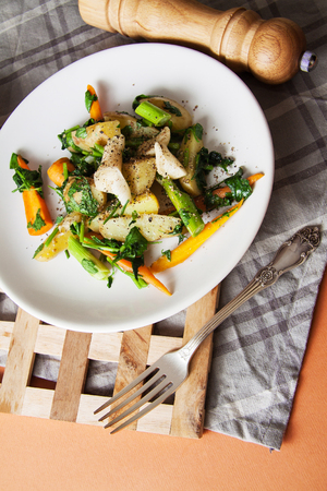 broiled: fried chicken and vegetables,delicious dinner Stock Photo