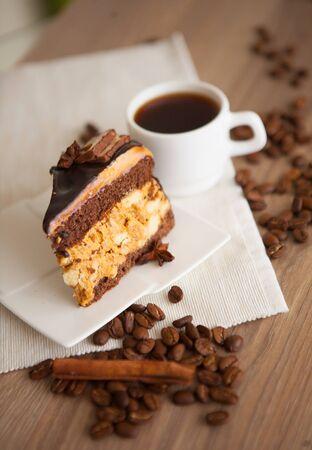 porcion de torta: wof pieza de dulce de brownie de chocolate