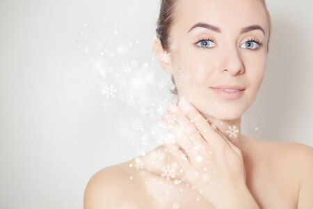 Moisturization (hydration), cosmetology and skincare image with woman face 版權商用圖片 - 138589329