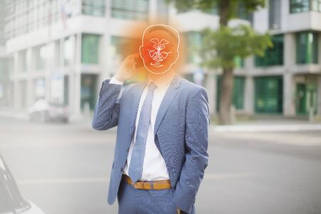 mature caucasian businessman in office suit suffering from pain in throat and nose, coronavirus symptoms or covid-19 版權商用圖片 - 144382039
