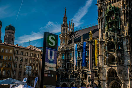 Munich / Germany - 24 May 2019: Munich architectural view, Germany, Bavaria. Marienplatz town hall 新聞圖片