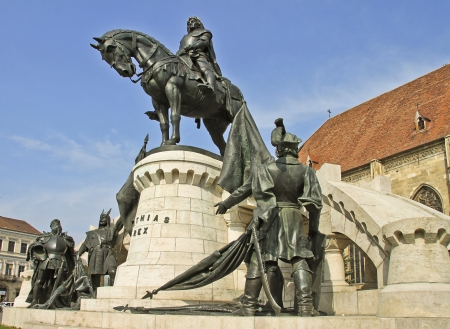 The statue of Matthias Corvinus in Cluj-Napoca, Transylvania, Romania Imagens - 13445770