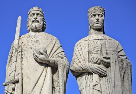 Close-up of the statue of St. Stephen and Gisela of Hungary