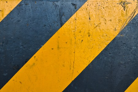yellow and black road marking photo