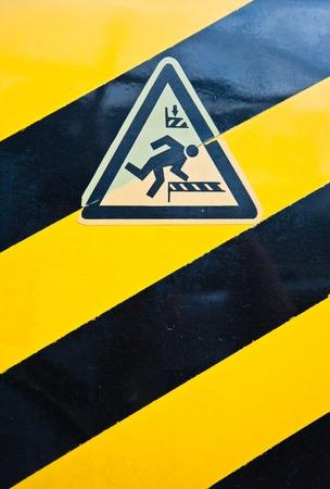 Warning label head  photo