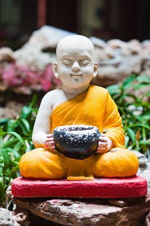 buddhist monk: White Monk statues